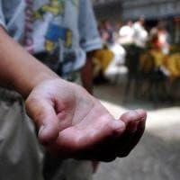 Legnano, Daspo urbano per il mendicante 'molesto':
