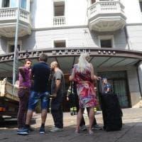 Milano, fuga di gas in hotel: 28 ricoverati, anche bimba di 10 anni. Sei in camera iperbarica