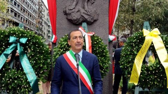 """Milano, Sala alla commemorazione in piazzale Loreto: """"E' simbolo dell'antifascismo, vorrei la sua ristrutturazione"""""""