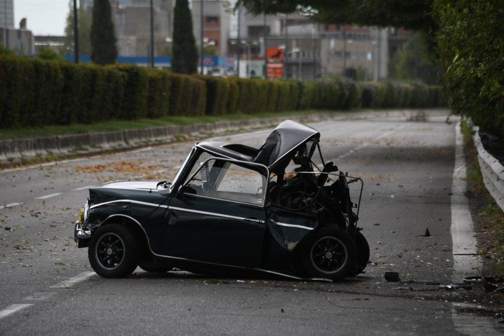 Milano, incidente mortale in via Ferrari: muore 31enne a bordo di una Mini