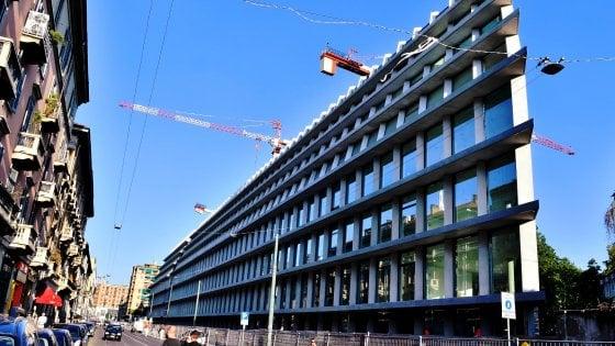 Milano dedica vie e piazze attorno alla Fondazione Feltrinelli agli autori che resero grande la casa editrice