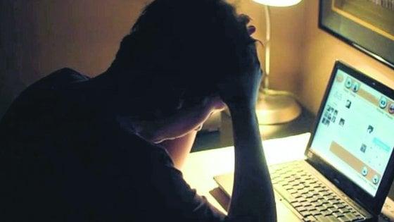 Cyberbullismo, il bando per le scuole lombarde a rischio flop: poco tempo per aderire