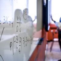 Milano, allarme scuola: mancano insegnanti di matematica