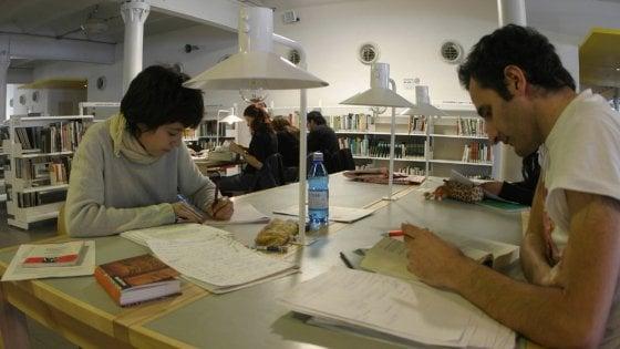 Milano si conferma la città dove si legge di più, secondo la classifica di Amazon