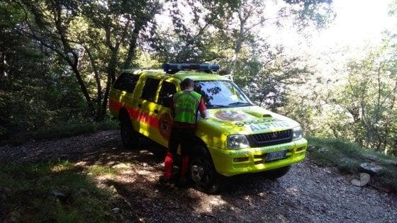 Precipita per 30 metri nei boschi, cercatore di funghi trovato morto nel Lecchese