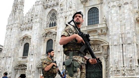 Barcellona, vertice sicurezza a Milano: misure rafforzate, vigili nelle zone della movida. Sala scrive a Colau