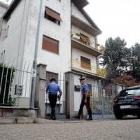 Milano, anziana trovata morta in casa con la gola tagliata