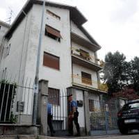 Milano, 73enne trovata morta in casa: i rilievi dei carabinieri