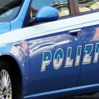 Milano, sul furgone che investe un ciclista: passeggero aggredito e ferito