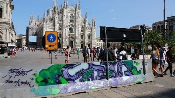 Milano, sicurezza e creatività: il Comune arruola i writer per abbellire le barriere