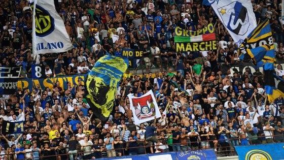 Milano, famiglia aggredita a San Siro da ultrà dell'Inter: feriti padre e figlioletta, arresto e daspo per 19enne