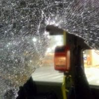 Milano, spari nella notte contro un radiobus dell'Atm