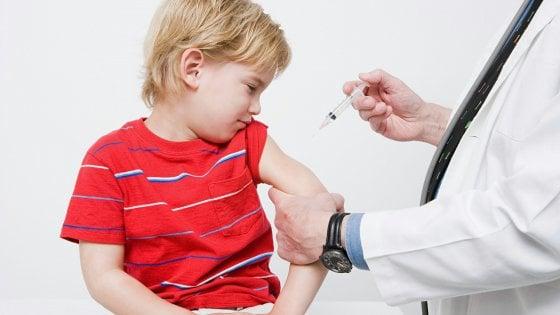 Vaccini obbligatori, la lettera di 'istruzioni' inviata a 33mila famiglie di Milano