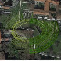 L'Anfiteatro ricostruito con gli alberi: alloro, cipressi e mirti per tracciare la Milano...