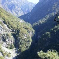 Sondrio, soccorritori lo cercano per un giorno intero: escursionista
