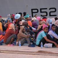 Brescia, ragazzina eritrea arrivata su un barcone dopo 2 anni riabbraccia il padre rifugiato in Svezia