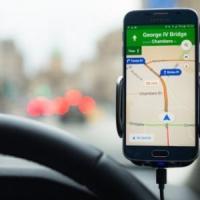 Google Maps a Milano accende la 'spia' parcheggi: calcola quanto è difficile