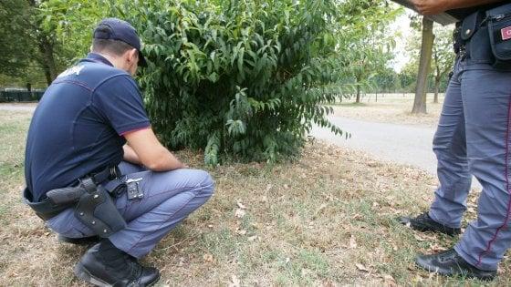 Anziana 80enne stuprata nel parco in pieno giorno a Milano
