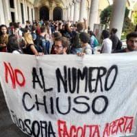 Numero chiuso alla Statale di Milano, l'università sospende i test ma annuncia:
