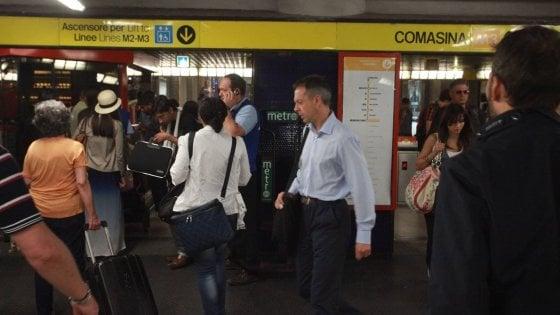 Milano, due vigilantes Atm aggrediti in metrò sulla linea gialla