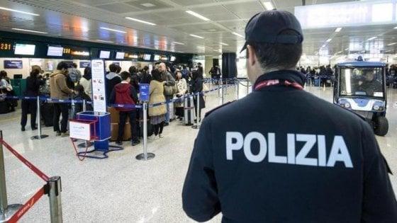 """Milano, esce dal carcere e viene esplulso: """"Convertiva alla causa jihadista anche giovani italiani"""""""
