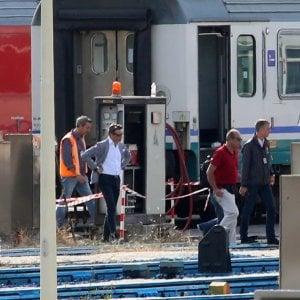 Milano, incidente sul lavoro nel deposito ferroviario: operaio folgorato, salvato dai colleghi