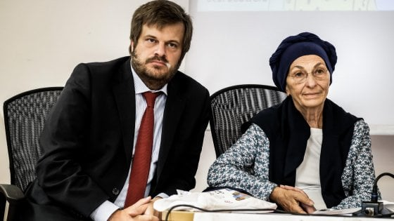 Milano |  mancano 16mila firme per la campagna #Erostraniero |  Emma Bonino |   Non