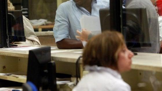 Migranti, la svolta di Sesto San Giovanni: chiude lo sportello che aiutava gli stranieri con i documenti