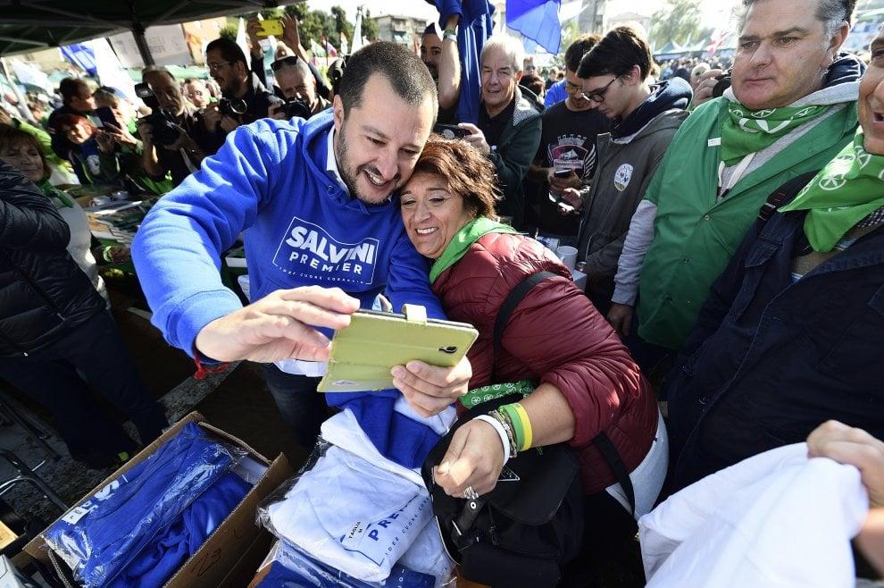 """Lega Nord, un solo slogan per il raduno di Pontida: """"Salvini premier"""""""