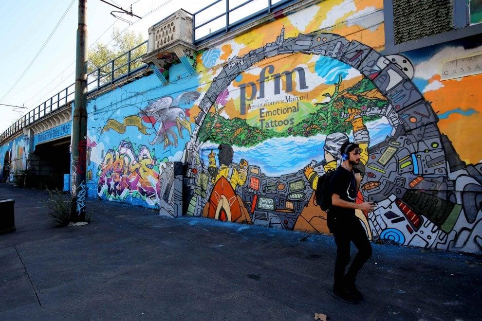 Milano, un murale svela la cover dell'album che segna il ritorno della PFM