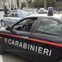 Milano, distrugge la casa dell'ex moglie davanti ai figli: arrestato per