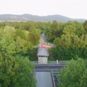 """Referendum, Pd e 5 Stelle chiedono di ritirare lo spot del ponte crollato ma la Lega dice """"No"""""""