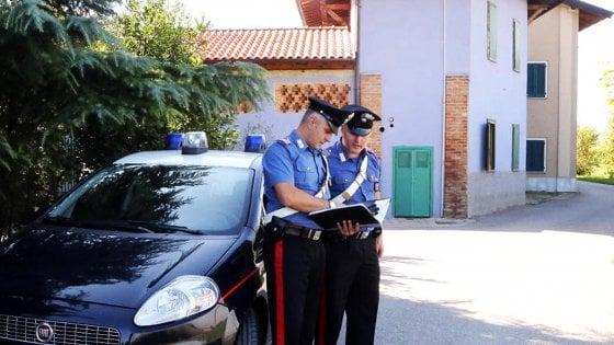 """Violenza sessuale nel centro di accoglienza di Fontanella, il carabiniere che ha soccorso la donna: """"Ci siamo abbracciate"""""""