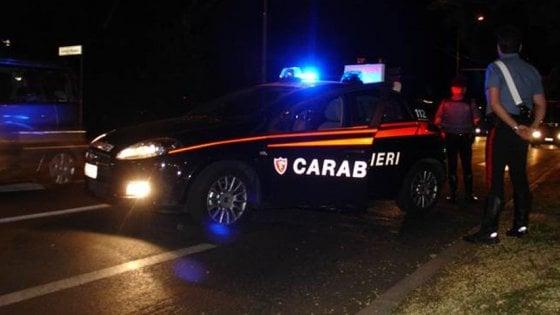 Milano, turista violentata da finto autista a noleggio: portata in periferia e stuprata