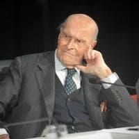 Le ceneri di Umberto Veronesi nel Famedio entro fine anno, c'è l'ok del