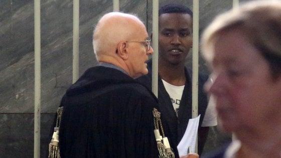 """Milano, il pm chiede l'ergastolo per il carceriere del campo libico: """"Un sadico, si divertiva a torturare e uccidere"""""""