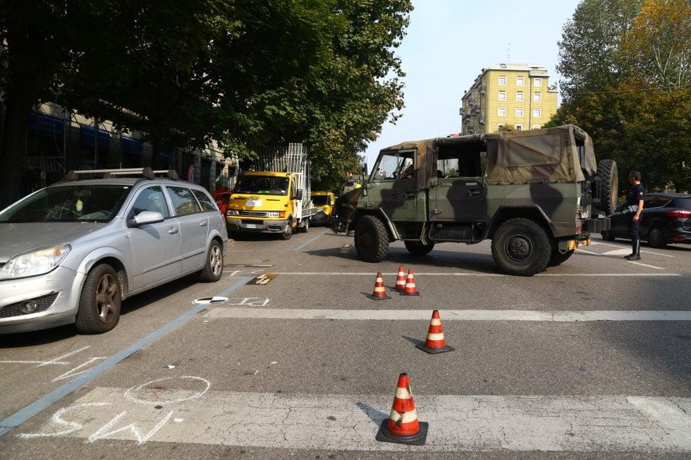 Milano, anziano muore investito da una camionetta dell'esercito: il luogo dell'incidente