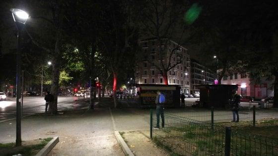 Luci Per Ufficio Milano : Milano più luci in periferia il piano del comune per illuminare
