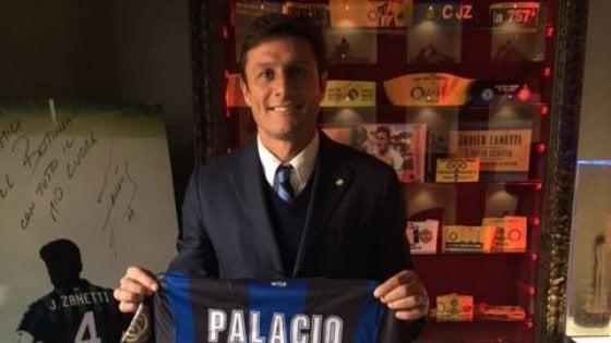 Milano, furto nel ristorante di Zanetti: bloccato da un cameriere dopo inseguimento in centro