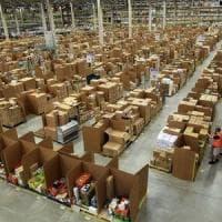 Poste, trovato l'accordo per i fattorini Sda: riparte la consegna pacchi dall'hub di Milano