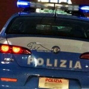 Milano, avvicinato da un clochard per l'elemosina e ferito con un coltello in via Dante