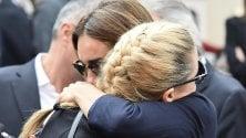 Fiorello, Hunziker e gli  altri: le star della tv  ai funerali dell'agente  amico Franchino Tuzio
