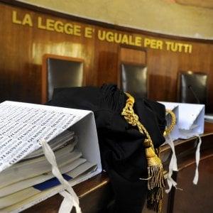 """Prostituzione minorile, assolto ex comandante dei vigili del Bresciano: """"Fine di un incubo"""""""