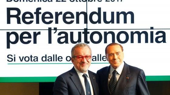 """Autonomia, Berlusconi: """"Sì a referendum in tutte le regioni. Voterò? Non so se posso"""""""