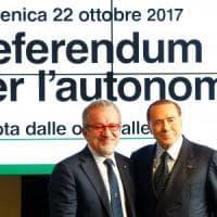 """Autonomia, Berlusconi: """"Referendum ovunque"""". """"Il film di Sorrentino: """"Mi sembra ..."""