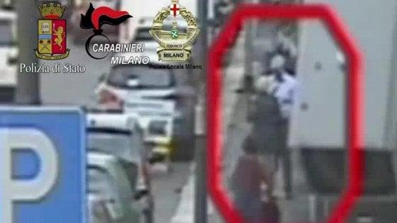 """Truffe agli anziani, 15 arresti a Milano: la trappola partiva da un call center in Polonia. I pm: """"Sciacalli"""""""