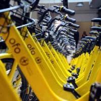 Bikesharing, Ofo aumenta la flotta a Milano: si paga da novembre. Sala contro i vandali:...