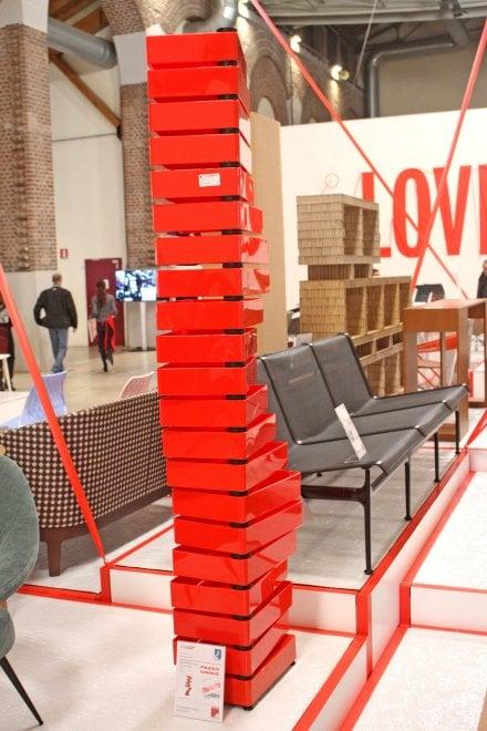 Love design a milano l 39 outlet dell 39 arredo alla fabbrica for Design outlet milano
