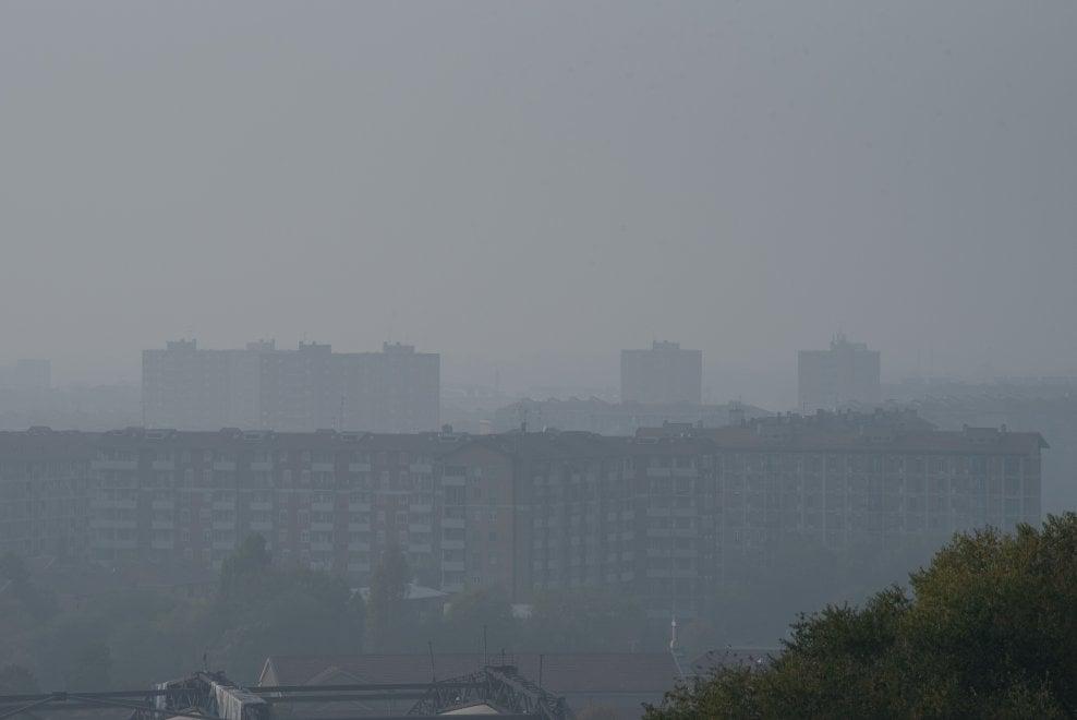Lo smog soffoca Milano