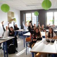 Scuola, a Brescia l'esperimento dei liceali offline per 7 giorni:
